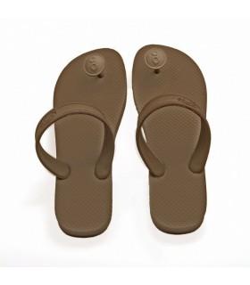 Gurus of sustainable sandals